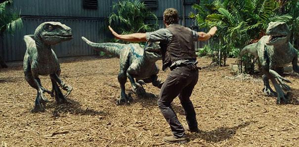 zookeepers-recreating-jurassic-world-raptor-scene-39