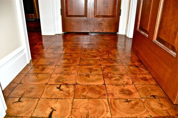 20 amazing wooden floors you will never have at home for Wood floor knocking block