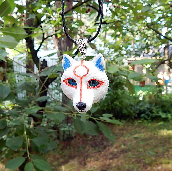 Okami Amaterasu Necklace, Pendant, White Wolf