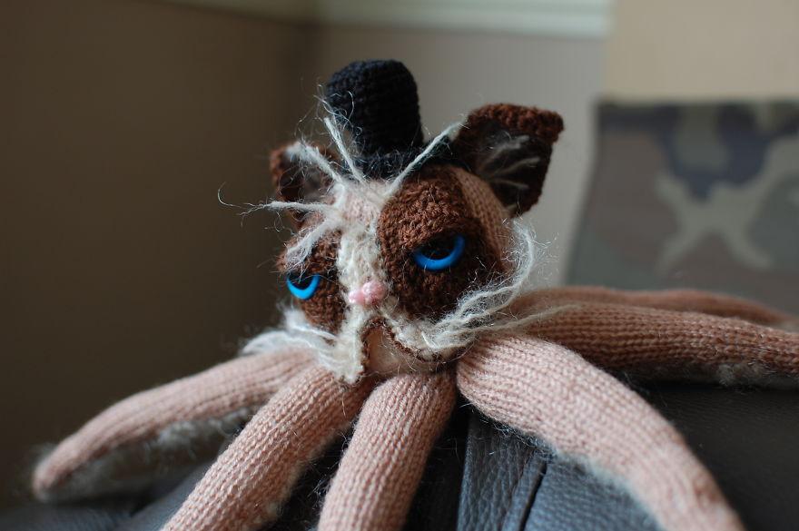 I Handmade A Grumpy Catipus That Hates Everything