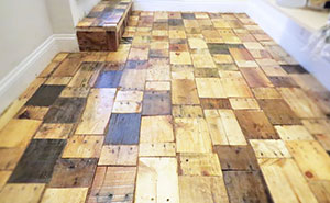 Our DIY Pallet-Wood Floor Cost Only $100