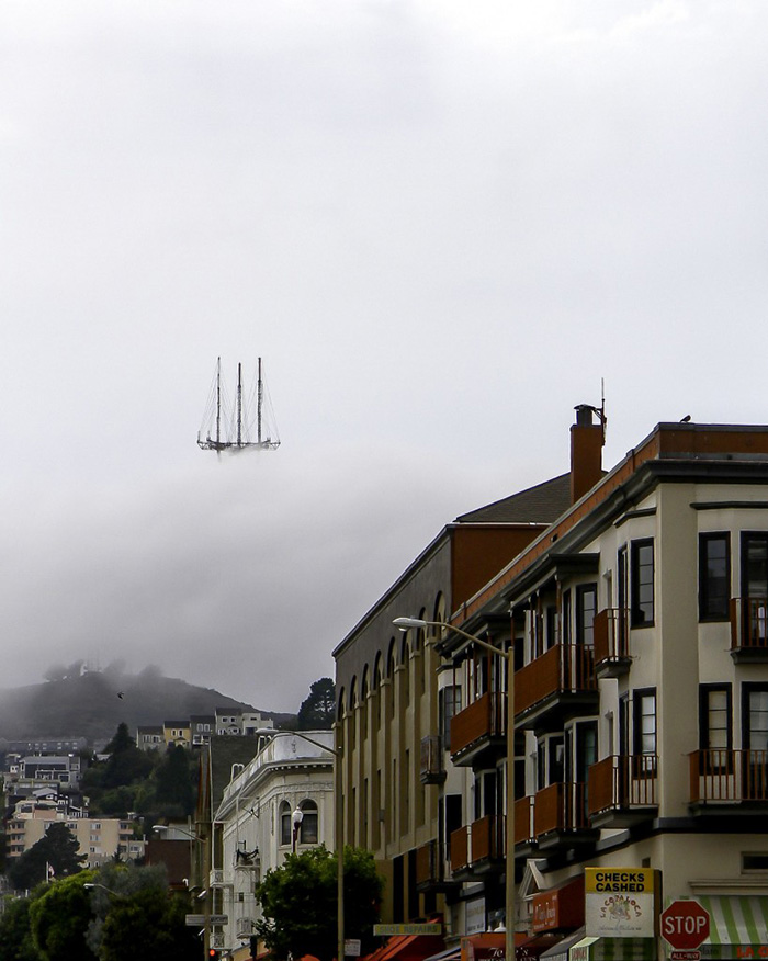 This Picture Of Sutro Tower In San Francisco Makes It Look Like The Top Of The Flying Dutchman'