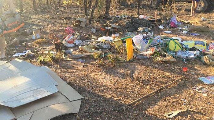 illegal-dump-garbage-front-yard-frederick-tomlinson-queensland-australia-4