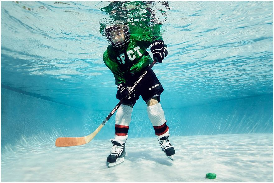 I Photograph Kids Playing Their Favorite Sports Underwater ...