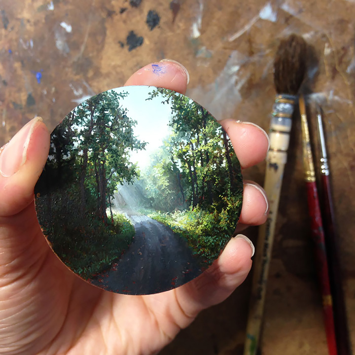 I Turn My Long-distance Cycling Adventures Into Miniature Oil Paintings