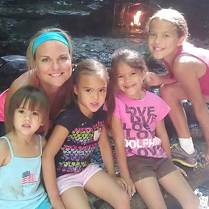 Mom Adopts All 4 Of Her Best Friend's Daughters After She Died Of Brain Cancer