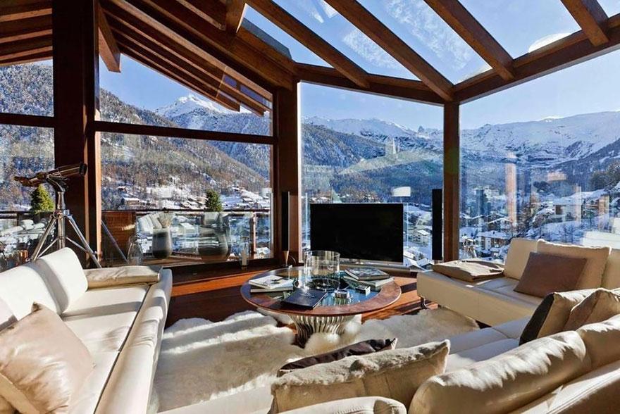 ===Con las mejores vistas=== Rooms-with-amazing-view-41__880