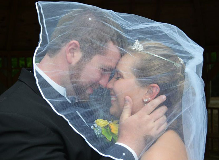 Husband Plans Second Wedding For Wife After She Lost Memory In Car Crash
