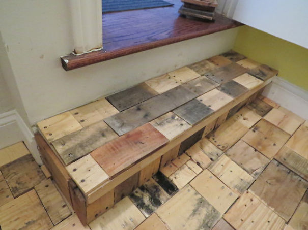 Our Diy Pallet Wood Floor Cost Only 100 Bored Panda