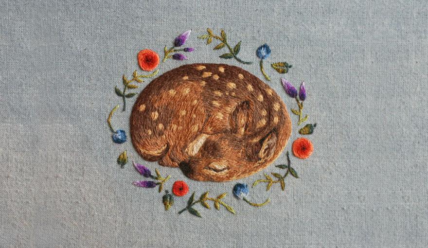 tiny-embroidery-animals-chloe-giordano-1