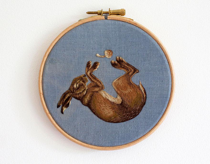 tiny-embroidery-animals-chloe-giordano-3