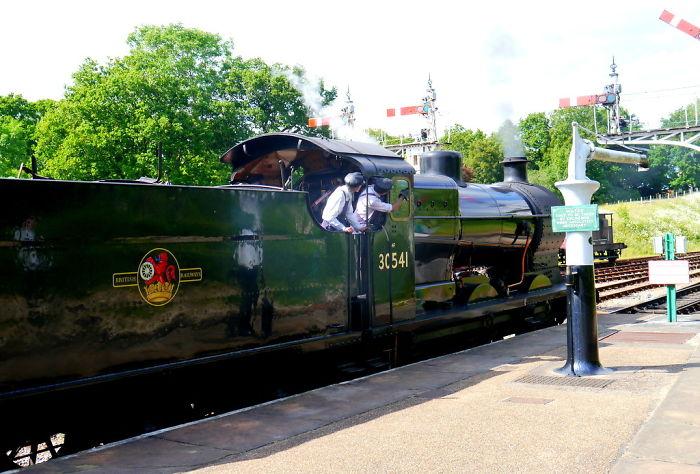 Full Steam Ahead – Bluebell Railway, Sussex