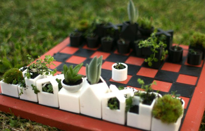 We 3D-Printed A Chess Set With Tiny Flower Pots As Chess Pieces