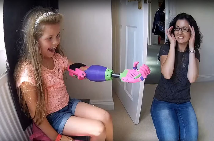 Girl Surprised To Receive 3D-Printed Arm From Designer Who Is Also Missing His Left Arm