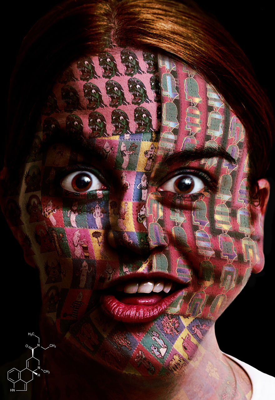 Photograph people on drugs to show how they affect their brains
