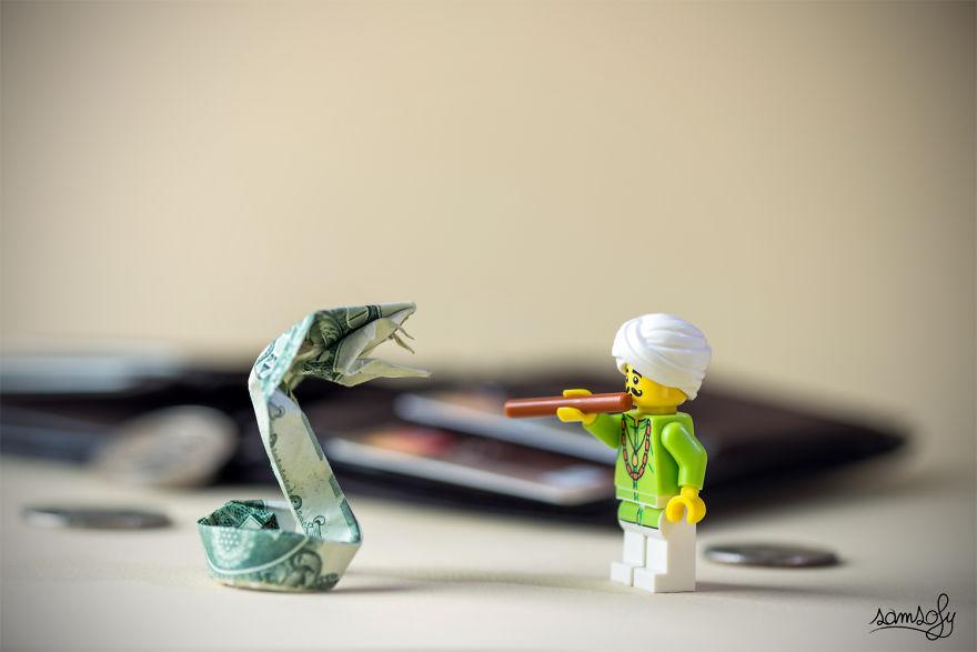 Miniature LEGO Adventu...