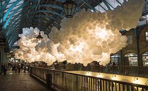 Artist Floats 100,000 Balloons Inside London's Covent Garden Market