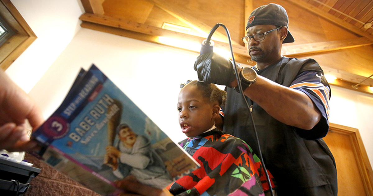 This Barber Gives Free Haircuts To Children Who Read To Him Bored
