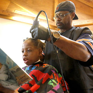 This Barber Gives Free Haircuts To Children Who Read To Him