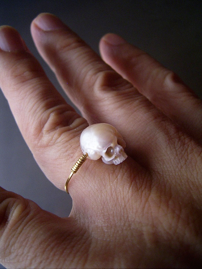 carved-pearl-skulls-vanitas-shinji-nakaba-14