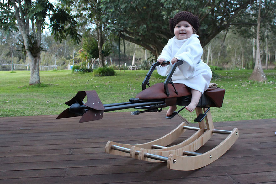 father-builds-rocking-speeder-bike-star-wars-2