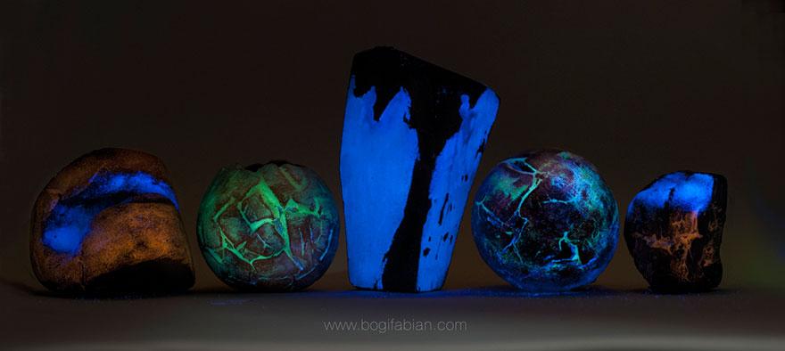 glowing-in-the-dark-ceramic-accessories-bogi-fabian-14