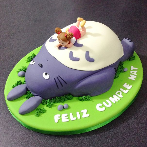 10 Totoro Cakes That Are Too Cute To Eat Bored Panda