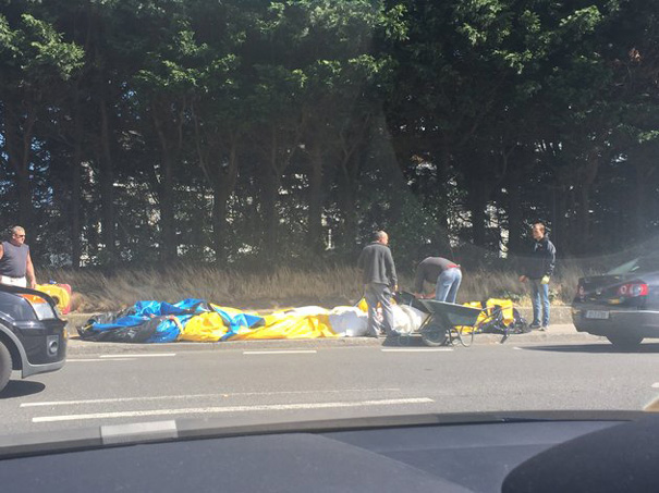 inflatable-minion-despicable-me-loose-traffic-ireland-3