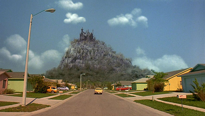 movie-locations-then-now-edward-scissorhands-suburb-pictures-voodrew-1