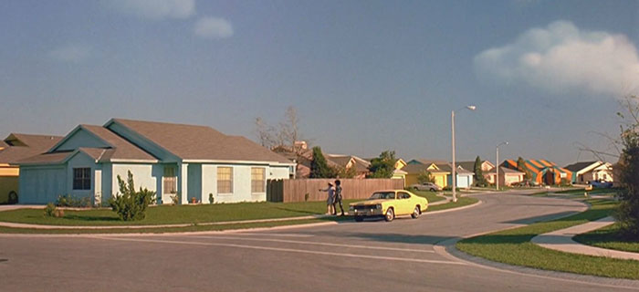 movie-locations-then-now-edward-scissorhands-suburb-pictures-voodrew-7