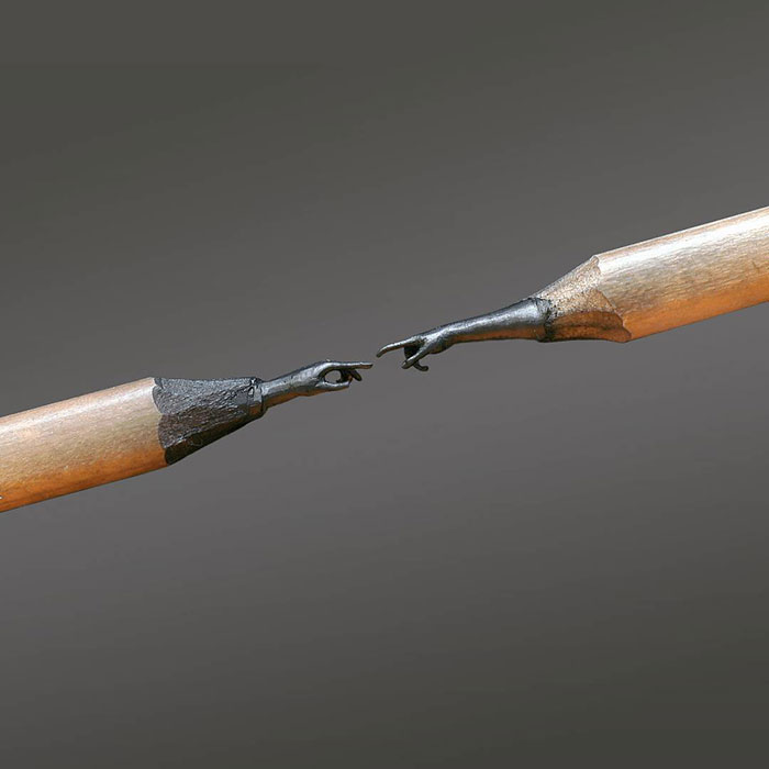 Stunningly detailed sculptures carved from pencil tips by