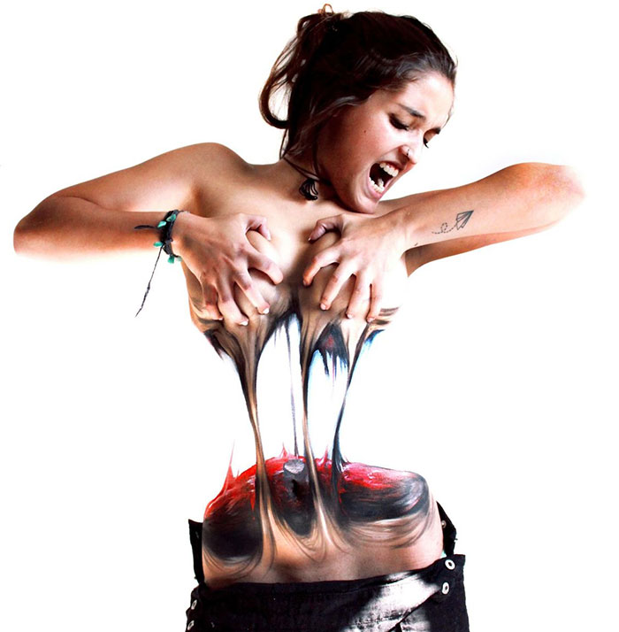 Women Tear Themselves Apart In Mind-Bending Body Art By Chilean Artist