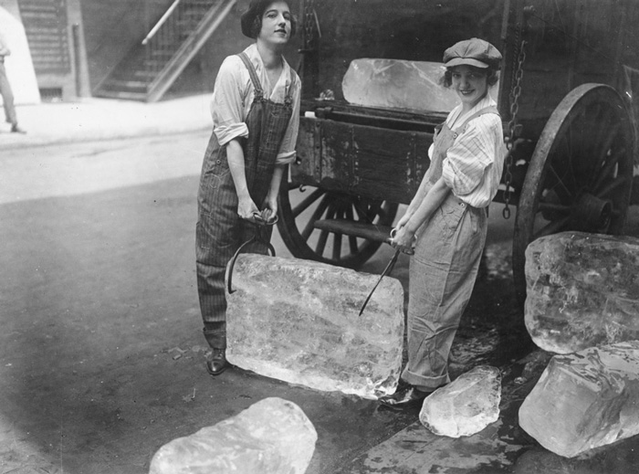 Girls Deliver Ice. Heavy Work That Formerly Belonged To Men Only Is Being Done By Girls (16 September, 1918)