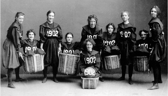 Smith College Class Of 1902 Basketball Team - Senda Berenson introduced and adapted the rules for women's basketball