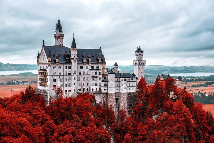 20 Coolest Castles, And Still Alive Until Today