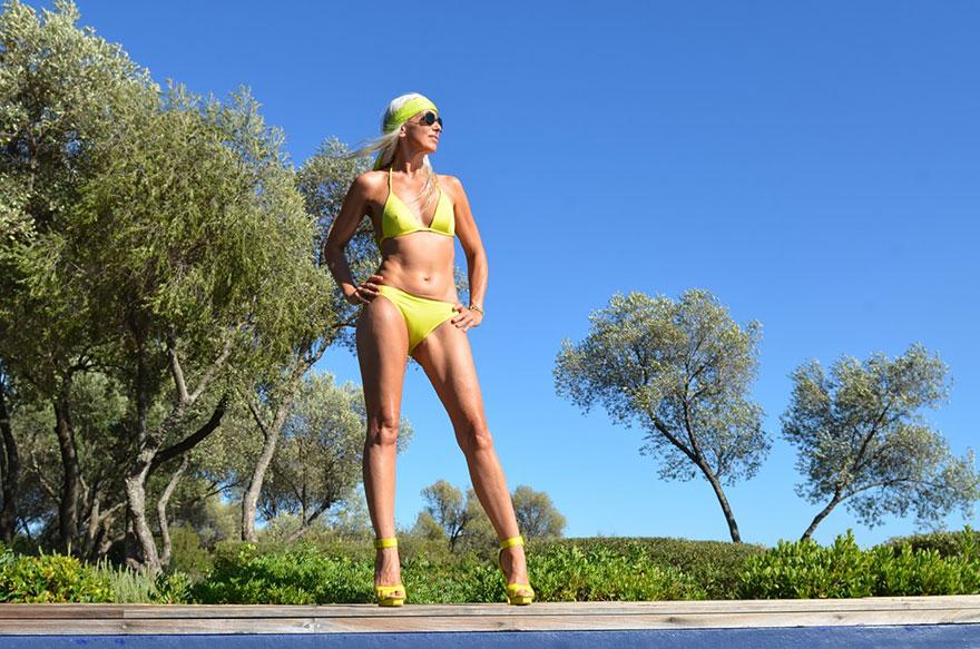 59-years-old-grandma-fashion-model-yasmina-rossi-3__880 Una chica de 59 años sigue siendo modelo