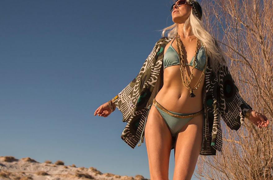 59-years-old-grandma-fashion-model-yasmina-rossi-5__880 Una chica de 59 años sigue siendo modelo