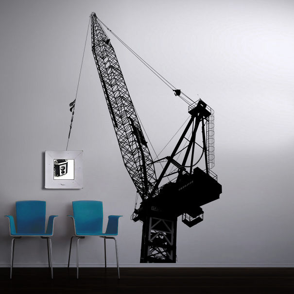 A Crane That Will Take A Mirror Off The Wall