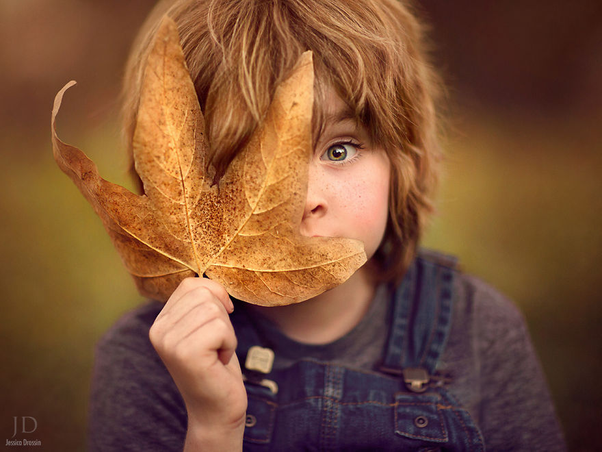 Photographer Mom Takes Magical Autumn Portraits Of Her Kids