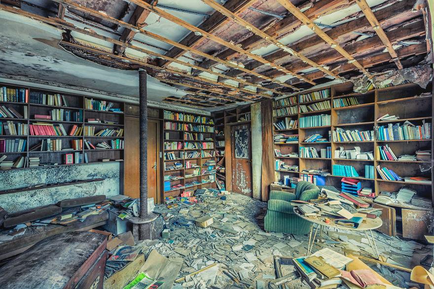 edificios abandonados interiores