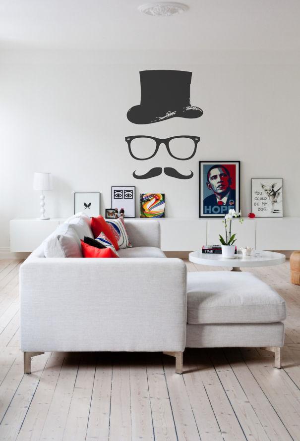 Monsieru Moustache