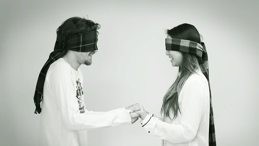 blindfolded-strangers-kiss-me-now-meet-me-later-video-jordan-oram-7