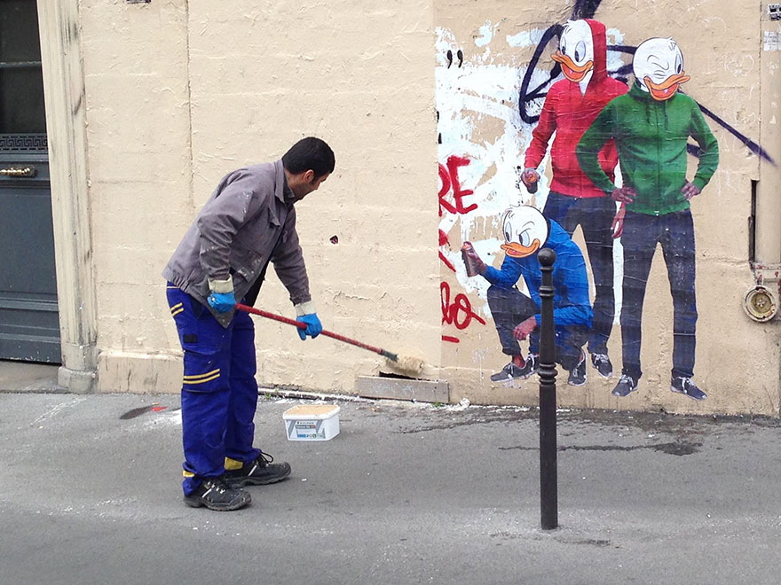 graffiti-removal-street-art-combo-culture-kidnapper-1