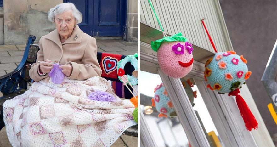 grandmother-yarn-bomb-uk-souter-stormers-knitting-104-year-old-grace-brett-7