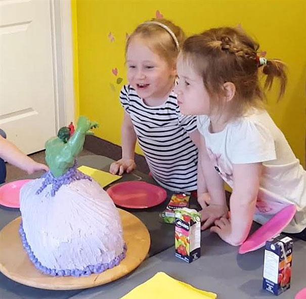 hulk-princess-cake-4-year-old-girls-twins-11