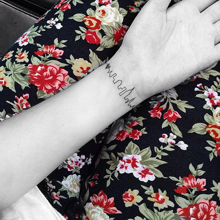 minimalist-tatoo-jonboy-west4tattoo-110