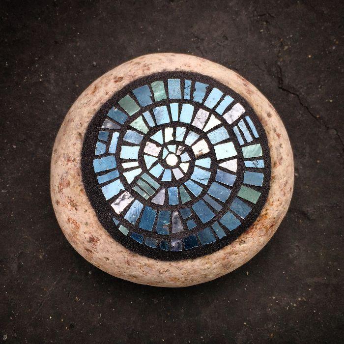 I Create Mosaic On Stone.