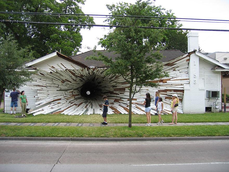 Hole House Installation