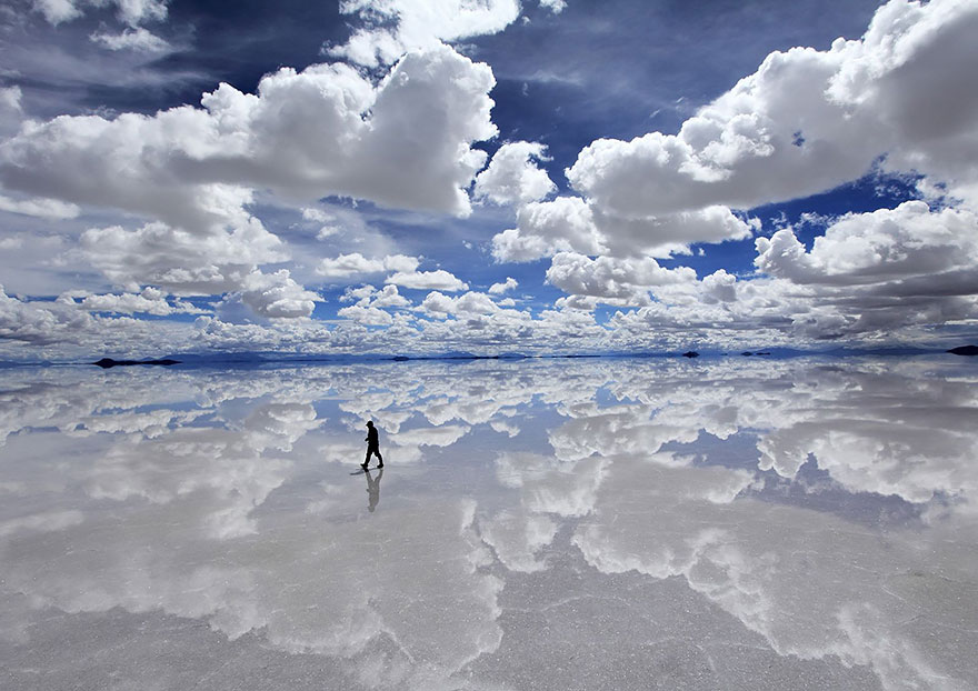 Salar De Uyuni, The World's Largest Salt Flat In Bolivia