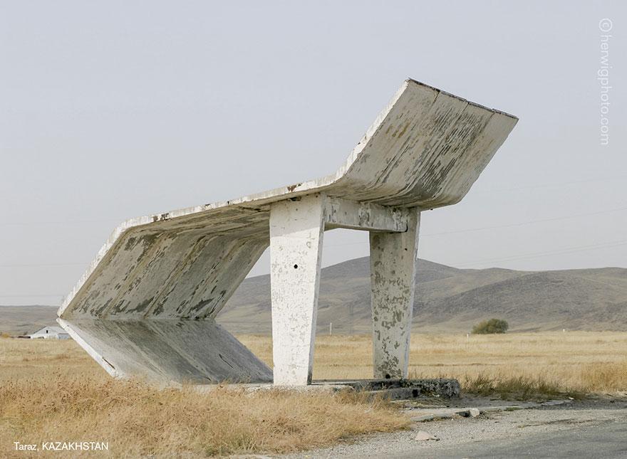 strange-beautiful-bus-stops-soviet--christopher-herwig-14